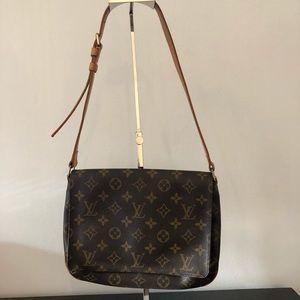 Louis Vuitton musette tango shoulder bag